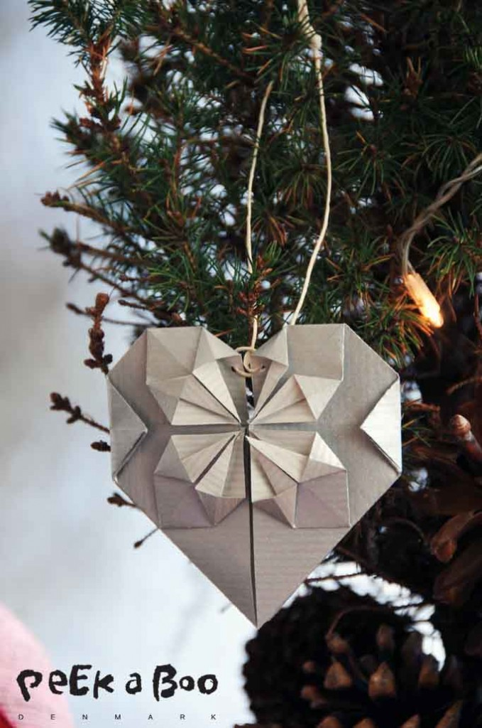 Origami heart as christmas card by Peekaboo design
