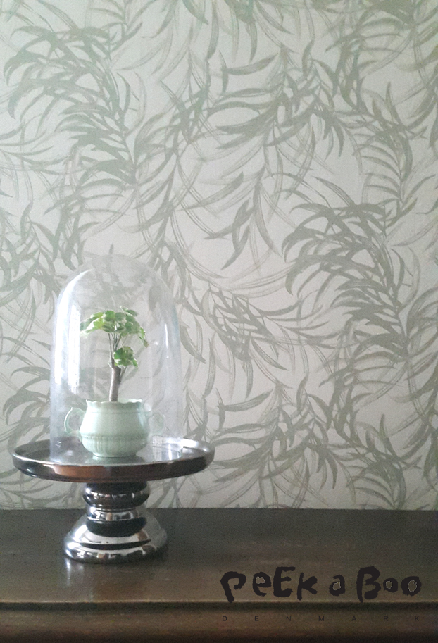 "The wallpaper ""Willow"" from the Botanic Garden wallpaper Collection by Flügger in my dining room."