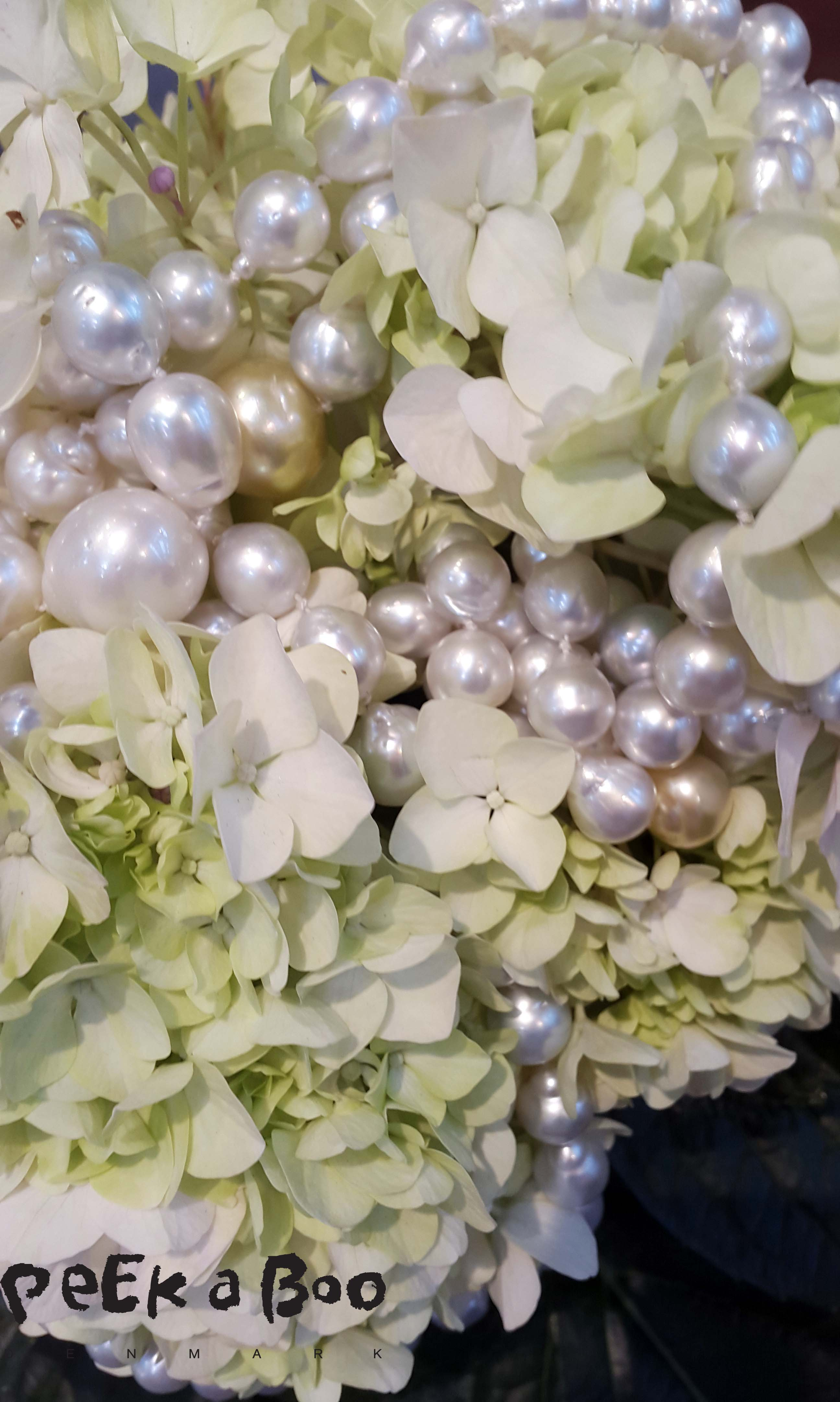 Beautiful Pearl necklace from Ruben Svart seen at the Jewelery and Watch show in Copenhagen.