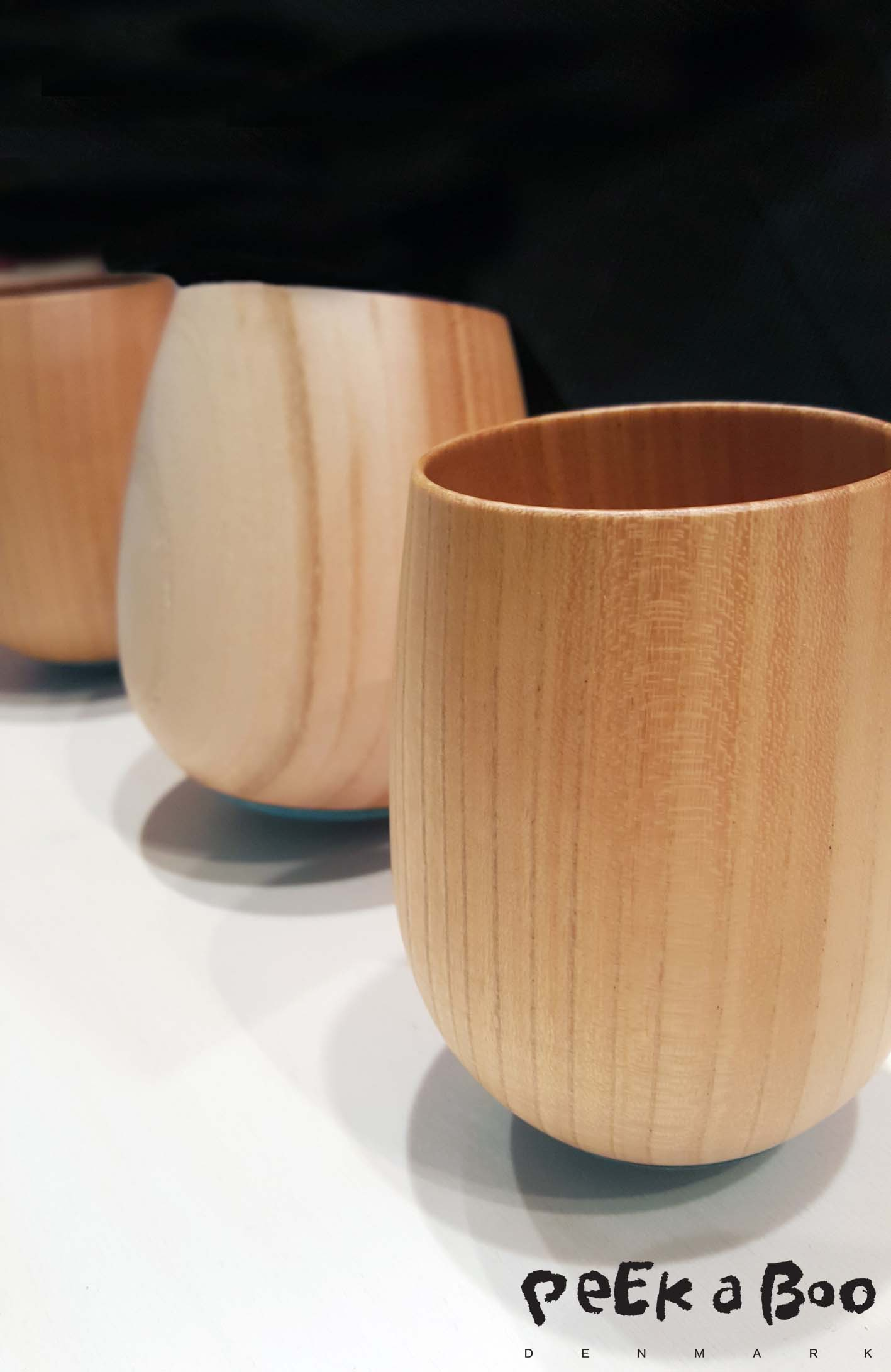 The brand Kisen make teapots, but have now started doing wooden cups. The fine craftmanship and the beautiful wood makes these cups very unique.