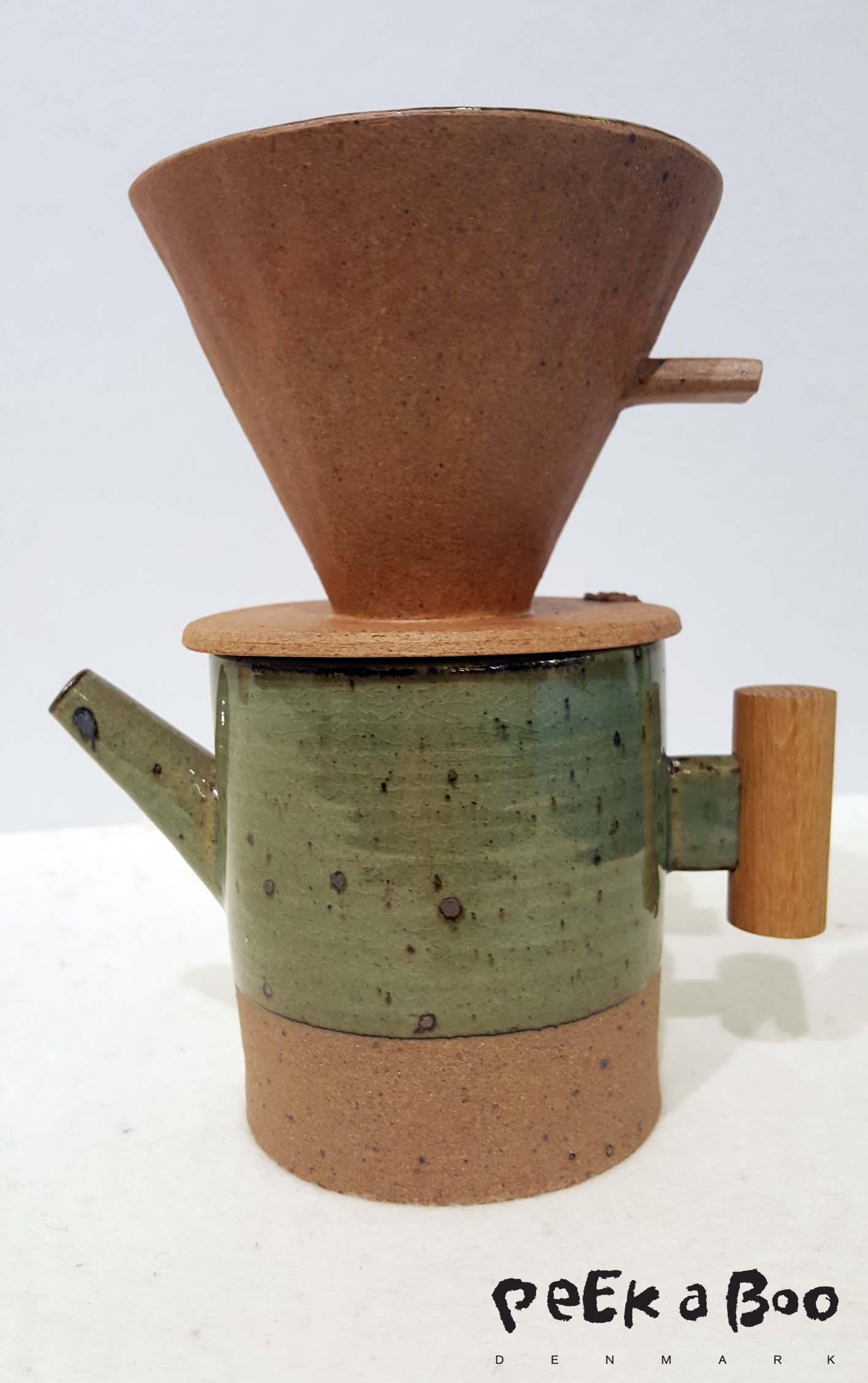 Coffee pot from Choidaekyu Ceramic studio.