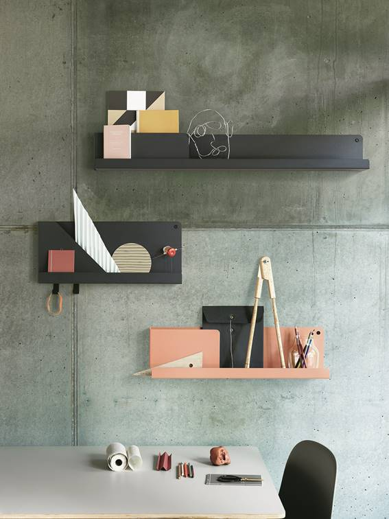 New shelf Folded from Muuto designed by  JOHAN VAN HENGEL. It os made in metal and comes in 3 different sizes and four colours.