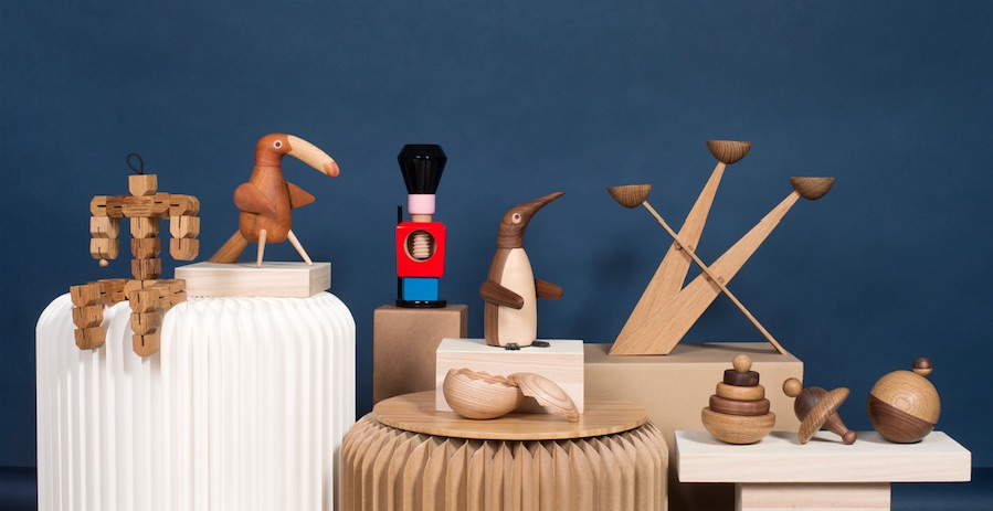 Wooden figures from the Danish brand Spring Copenhagen. All of them have a function as pepper mill, salt bowl or nutcracker.