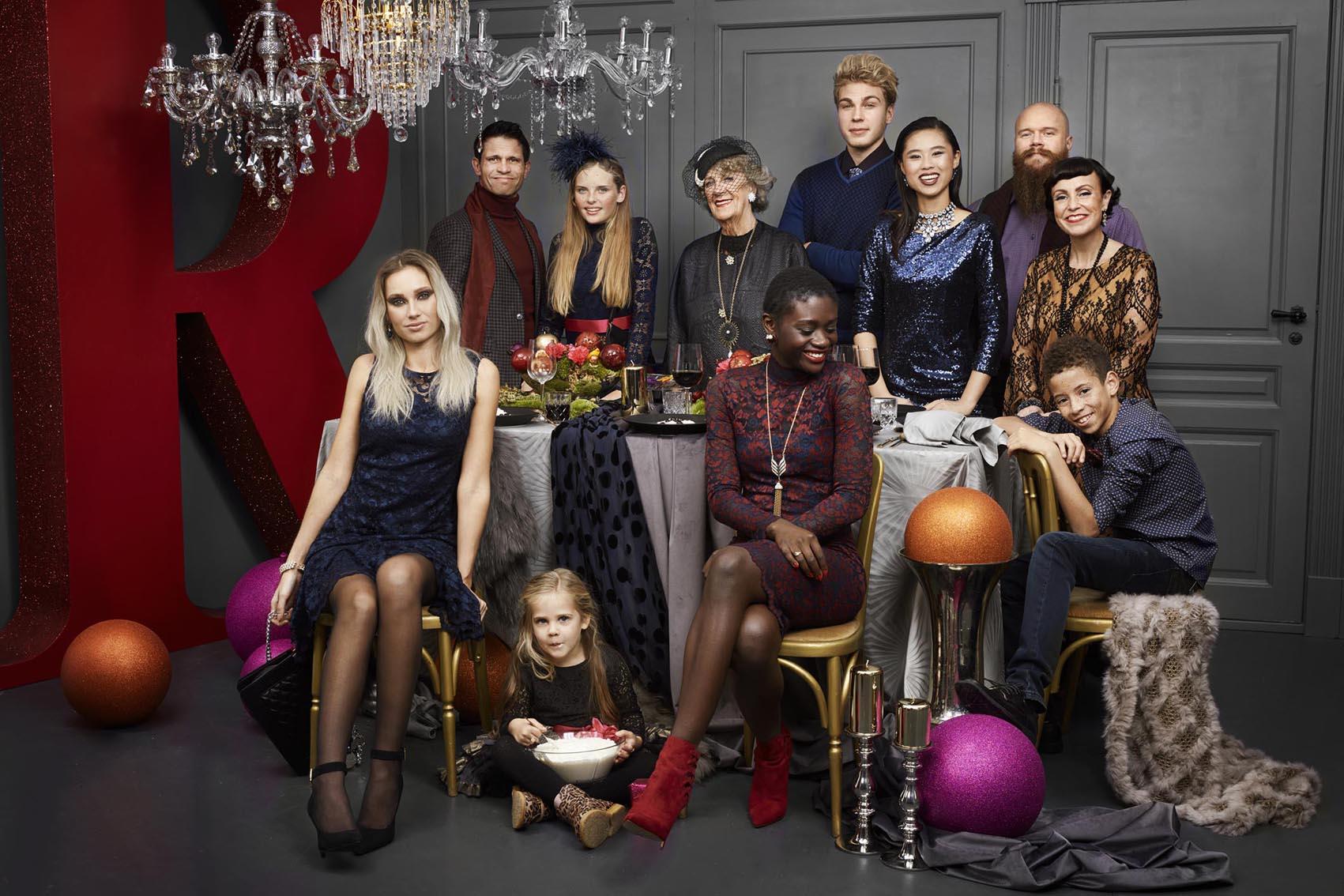 """Hele """"familien"""" som Rødovre Centrum fik kogt de 4000 ned til. 12 alle skønne typer med unikke historier."""