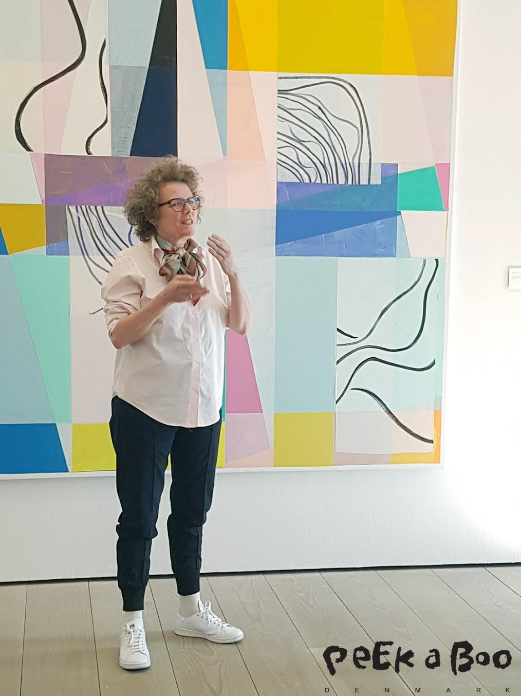 Malene Landgreen in front of one of her paintings explaining about her work with this exhibition. Most of the paintings and textile works have been made for the specific rooms where they now are hanging untill the 28 of May 2017.