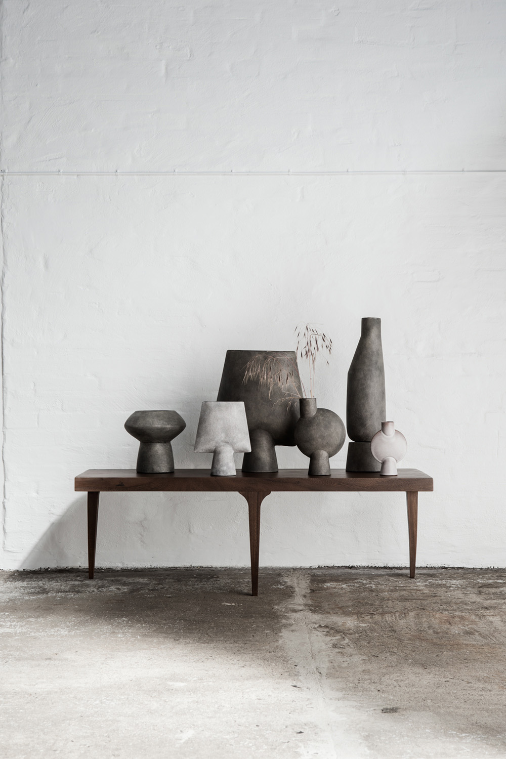 The vases all in beautiful simple shapes inspired by Japan and the cleaness of their design.