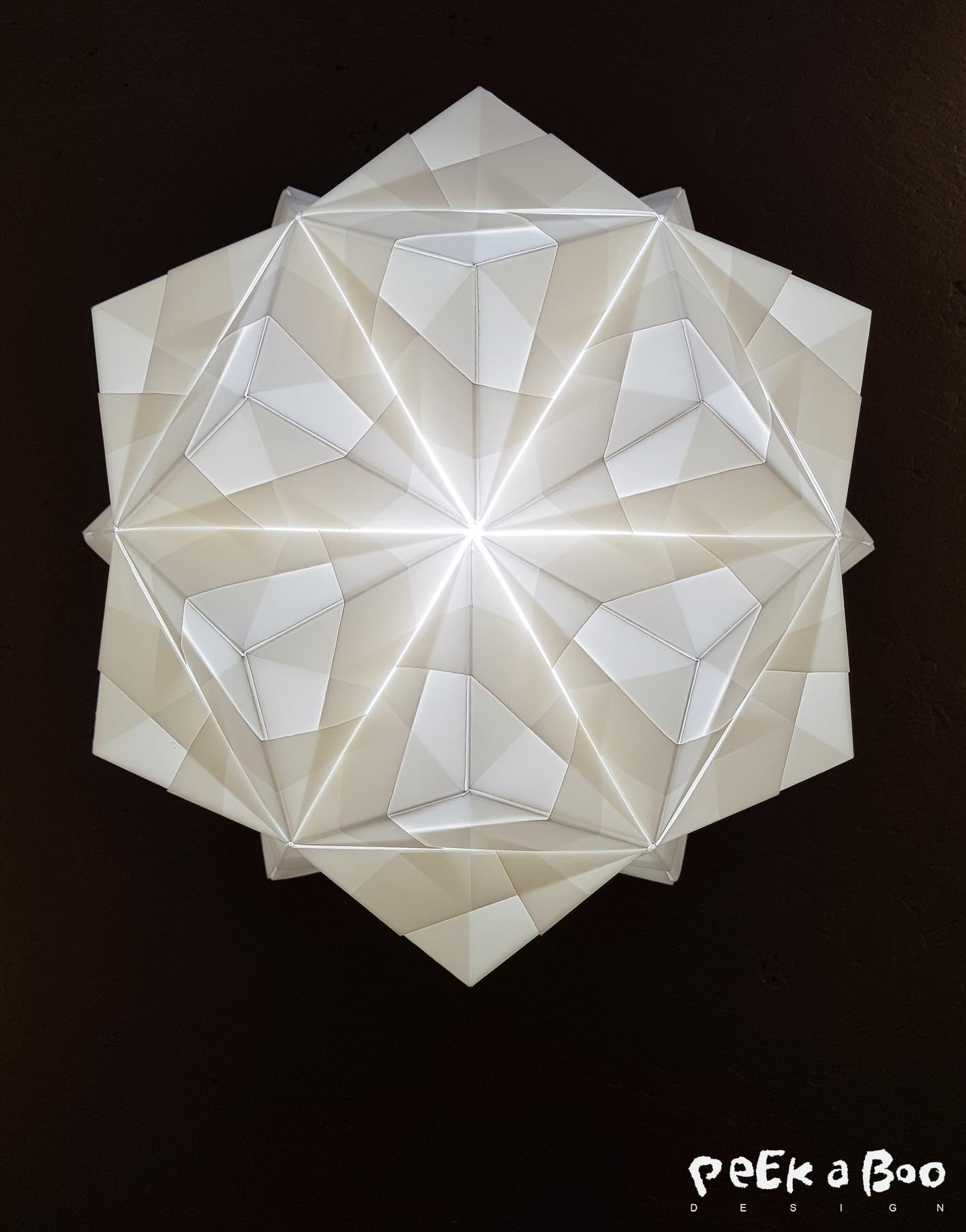 Sonobe light is all about LOVE, LIGHT and PAPER. Handmade lamps by Charlotte Brandt.