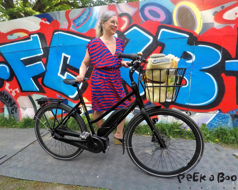 Batavus Harlem e-go på tur Østerbro i København, hvor grafittien pryder væggene