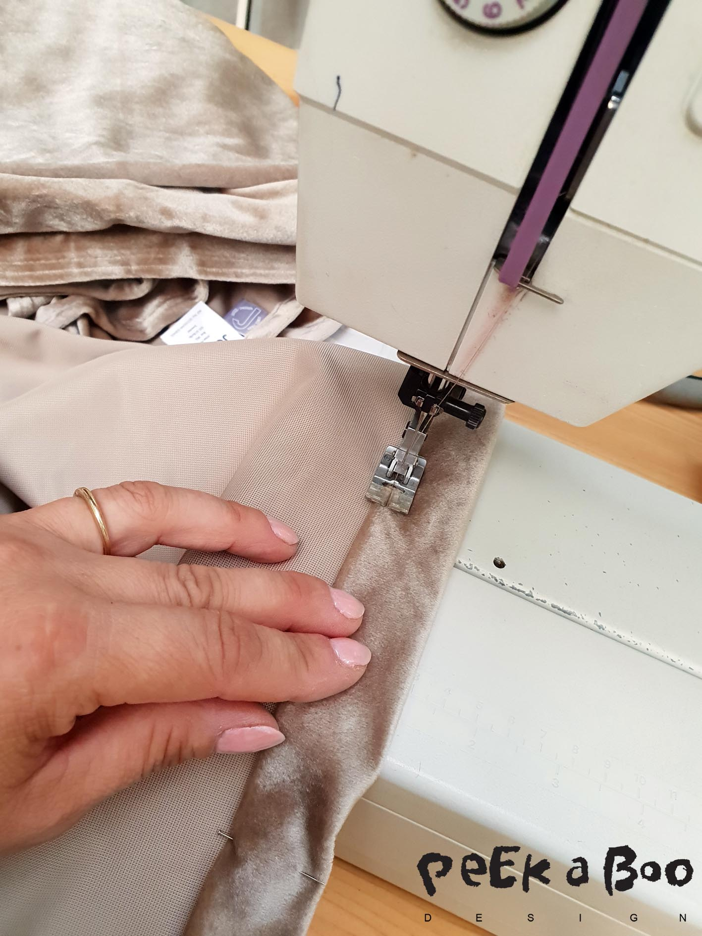 Sew the hem of the curtains in the right lenght.