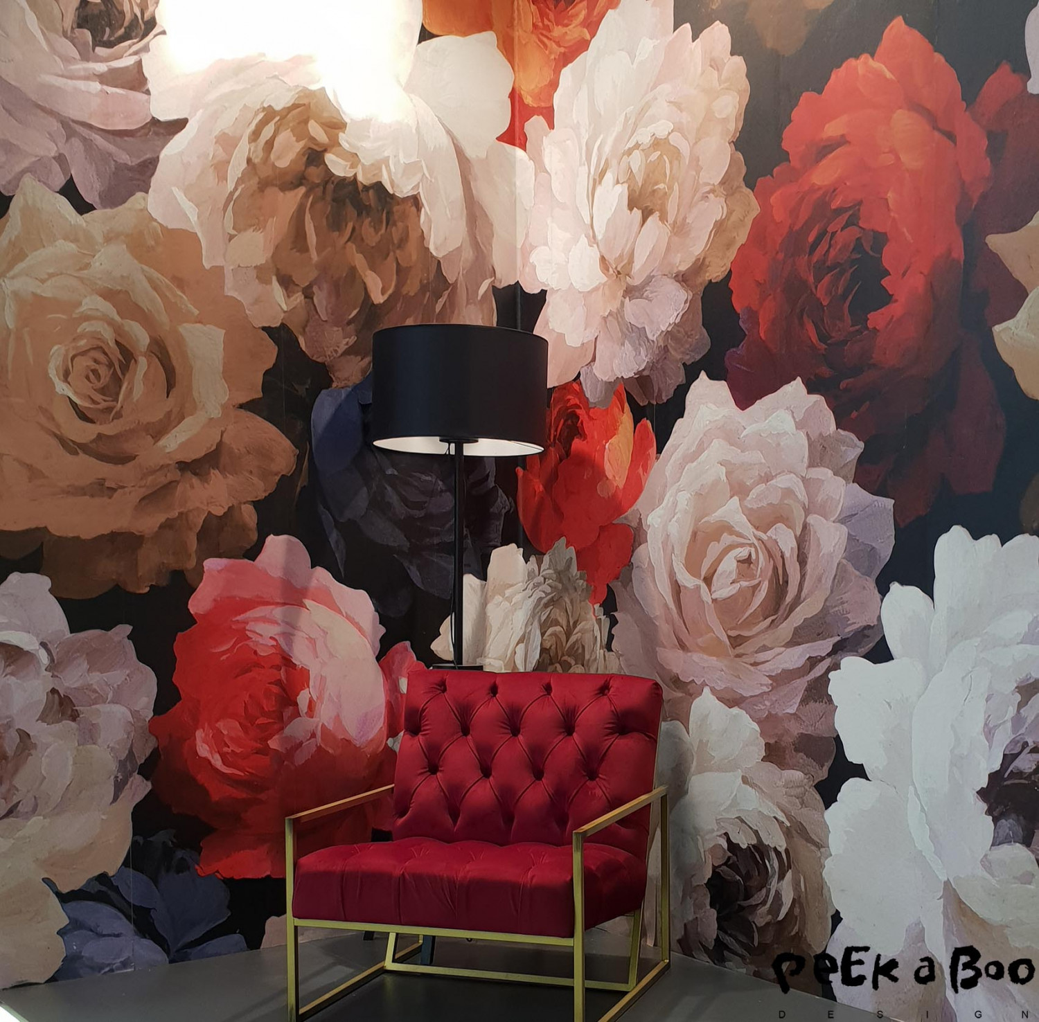 More maxi floral wallpaper were to be found at Heimtextil.
