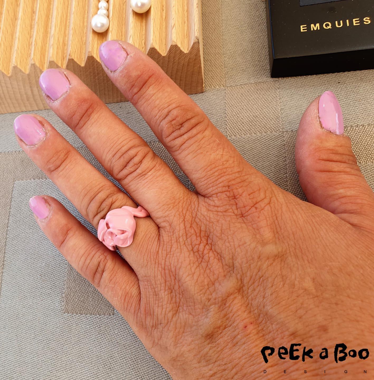 emquiesholstein collection of jewellery inspired by pink bubblegum.