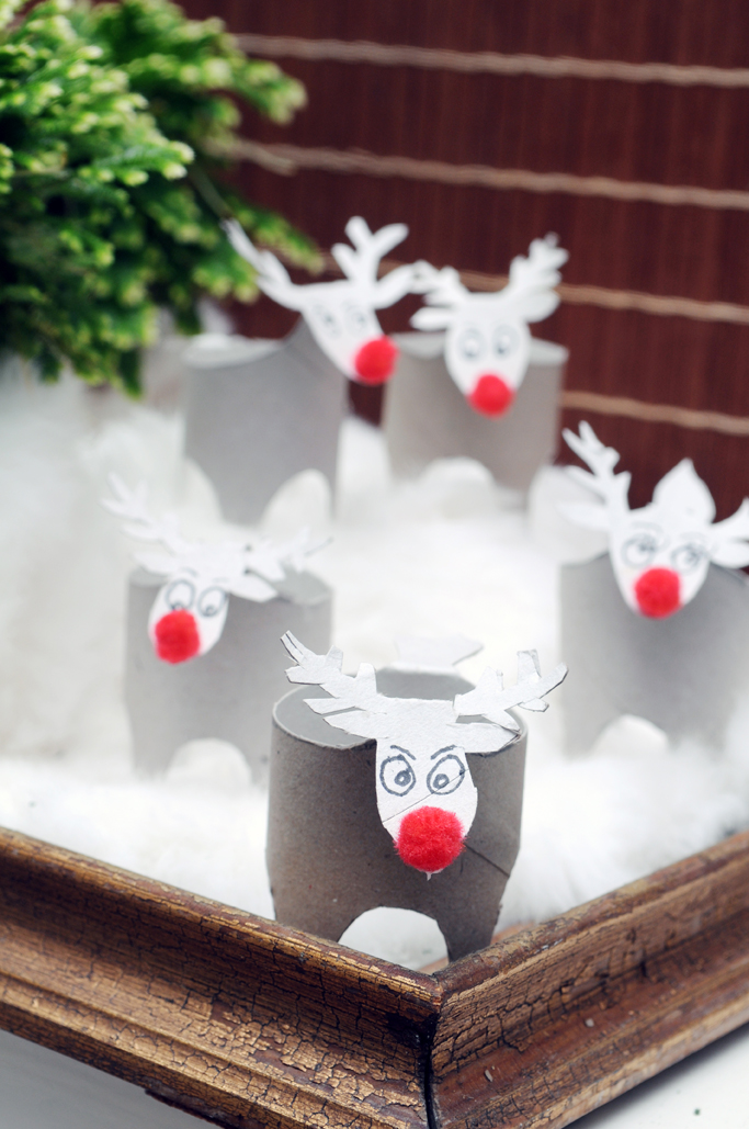 "the reindears made of reused toiletpaper rolls. An easy sustainable DIY for christmas. See a lot more of these kinds in my book ""Den store gør det selv bog om JUL"". The big book on do it yourself book about Christmas."
