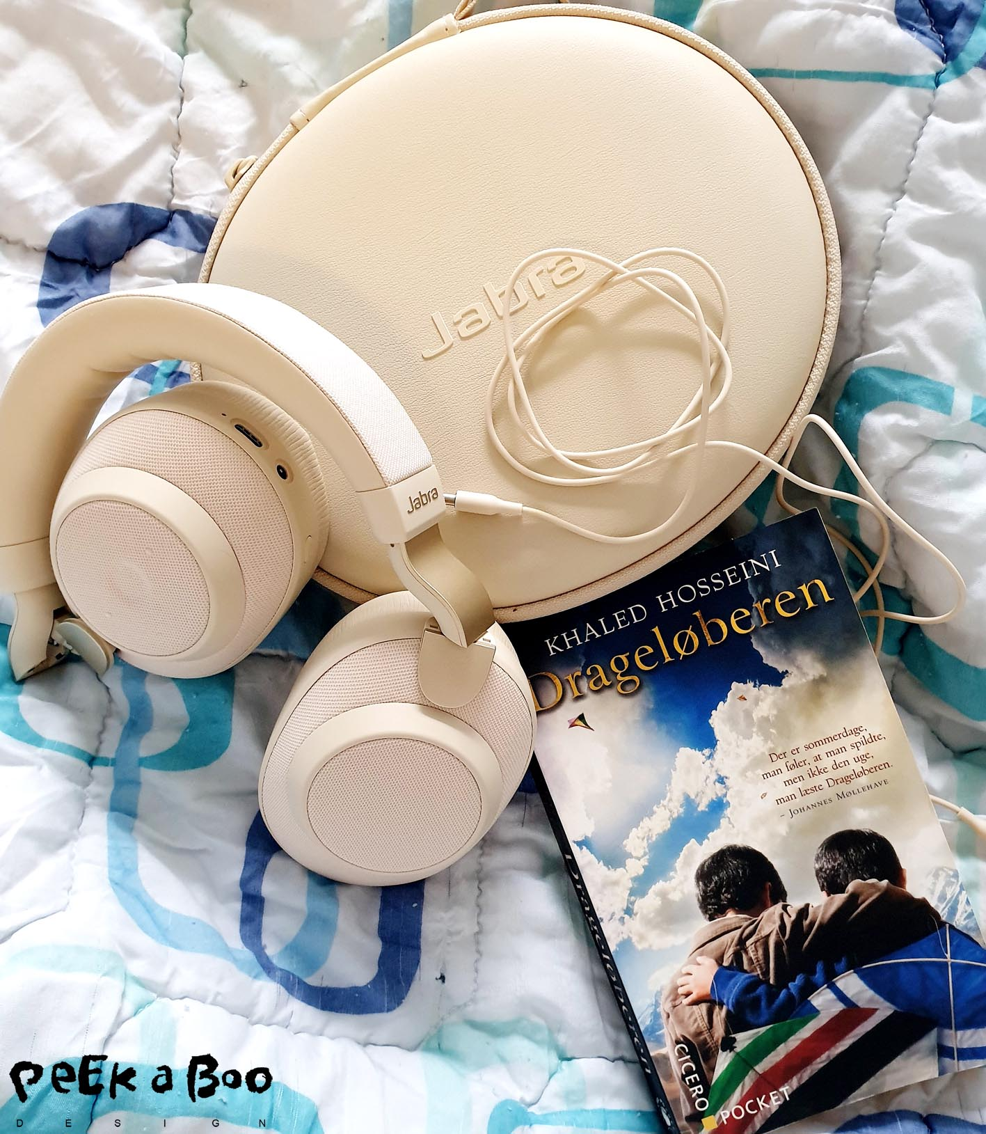 This headset from Jabra can save your day a the hospital, and remember a good book aswell.