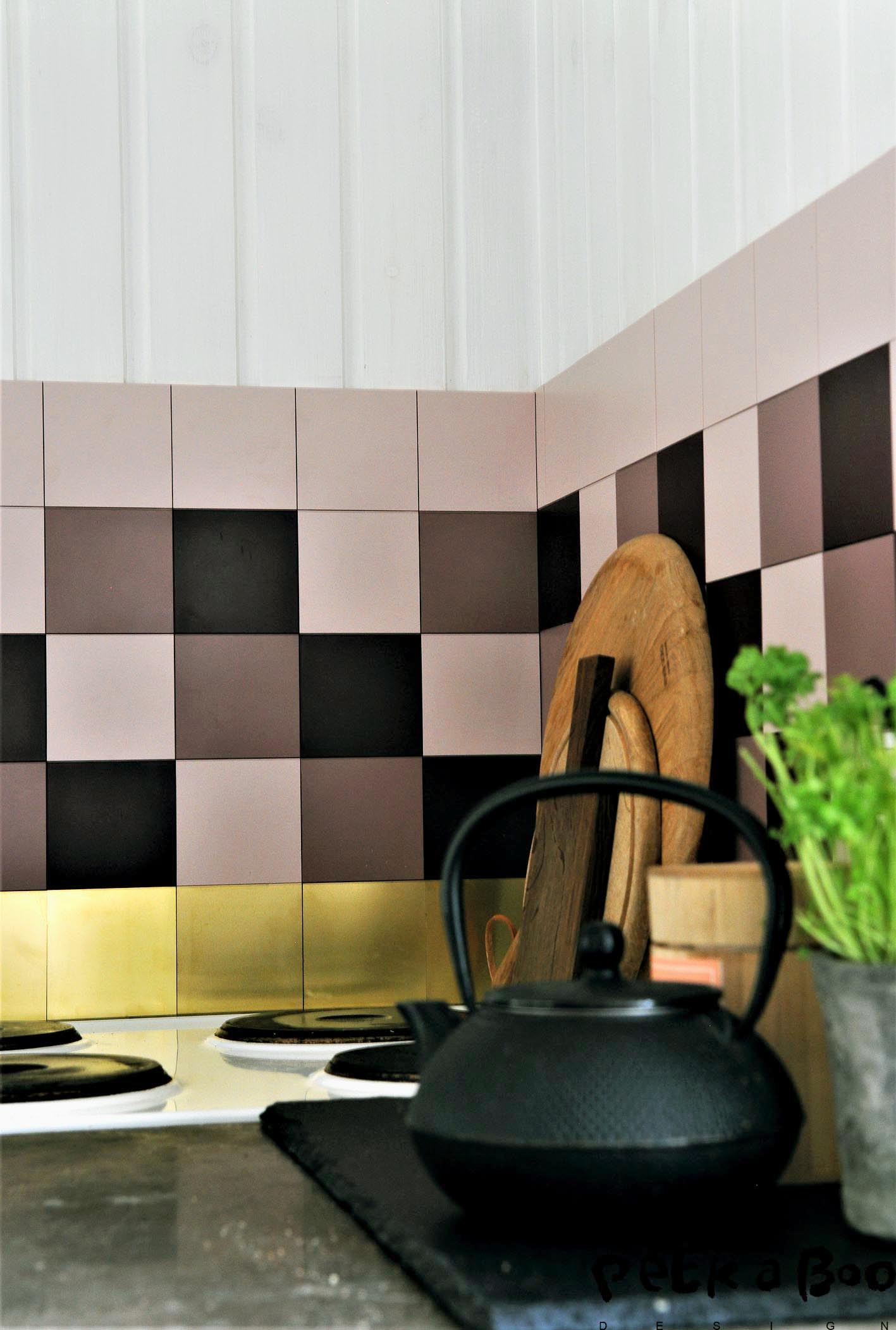 The smoohies look in the kitchen with clickc' tile in the feminine version.