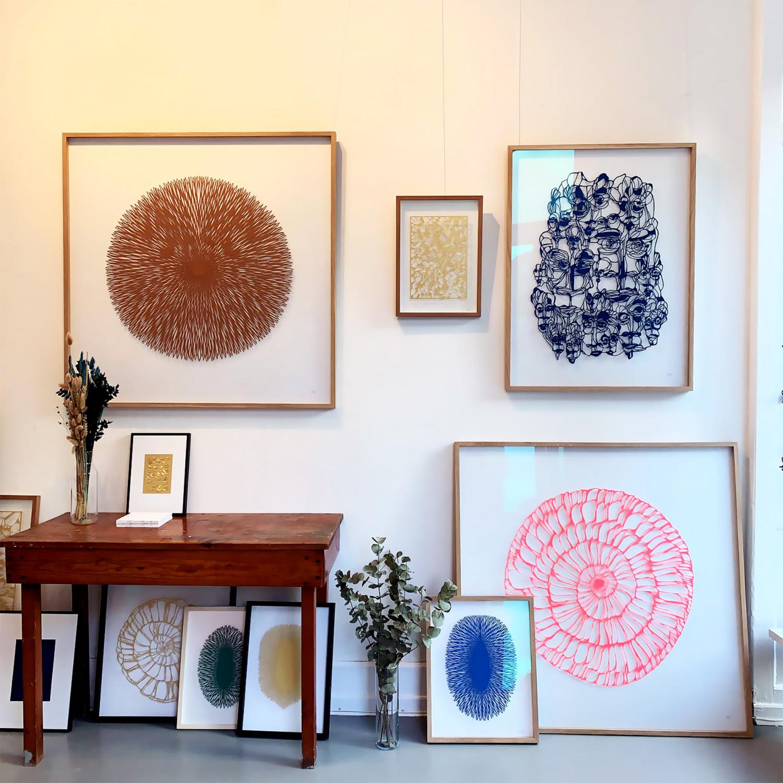A sneak peak into the studio of paperartist Vicki Zoé.
