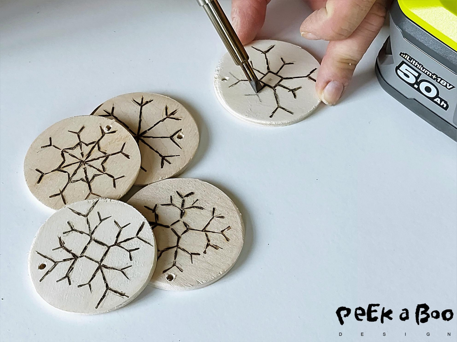 The soldering iron has two tips, this flat one is perfect for these edgy snowflakes.