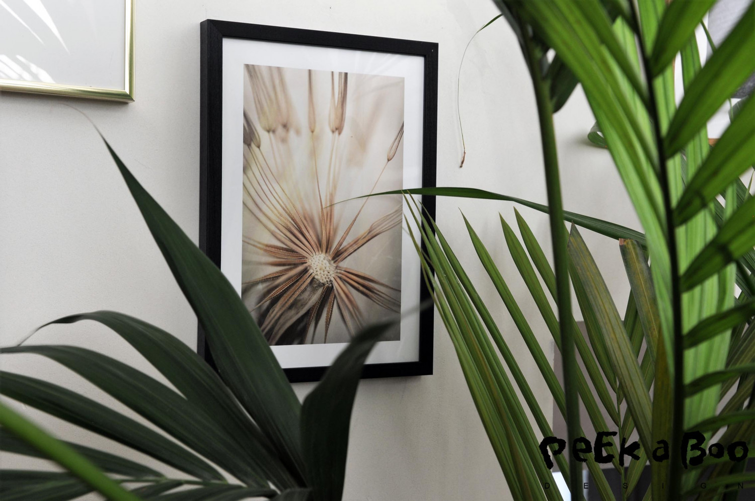 My living room is like a botanic garden, but I can't get enough green plants so I have also chosen a botanical poster from Desenio.