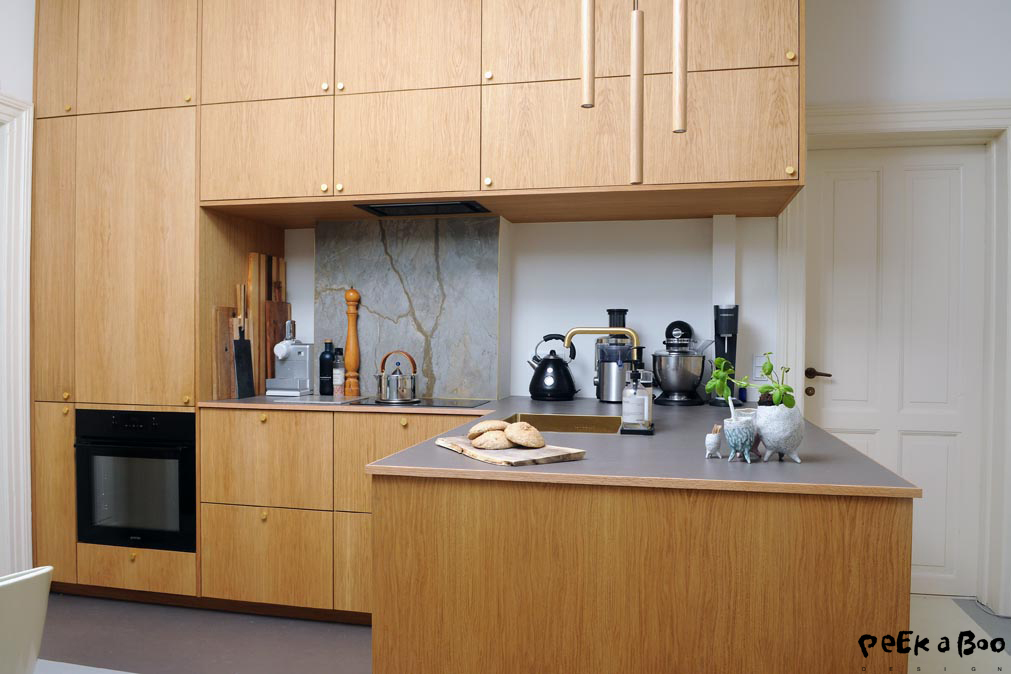 The new kitchen with the modern conveniences.