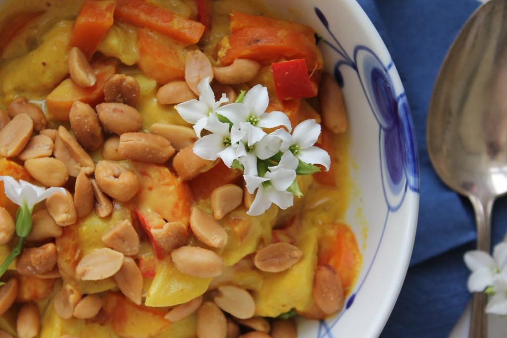 wok med kokosmælk og peanutbutter