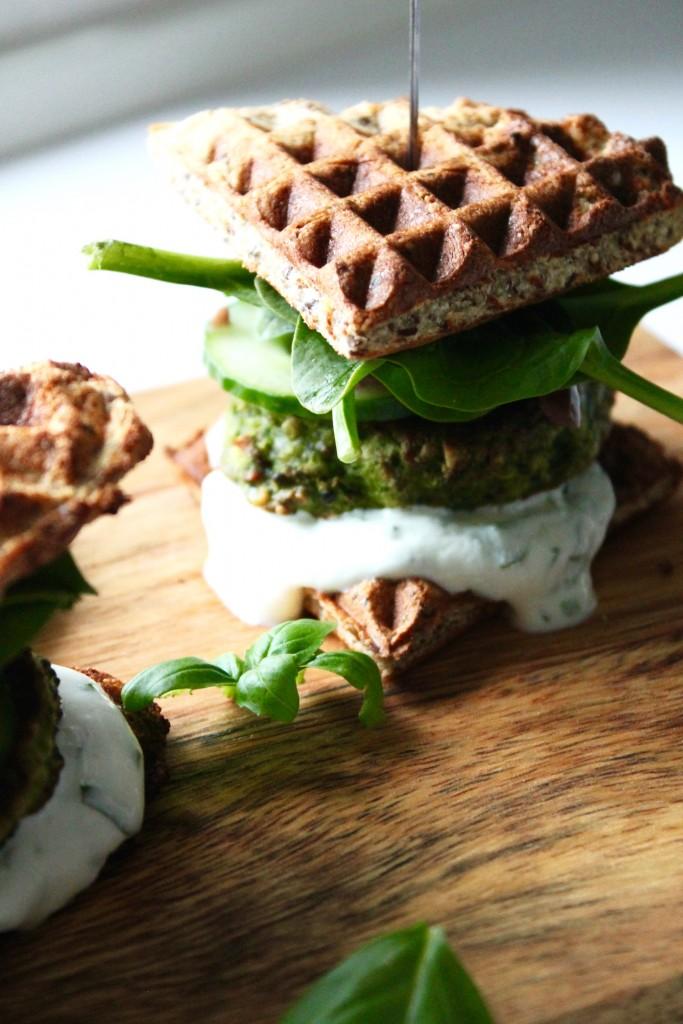 vaffelburger med quinoa bøffer