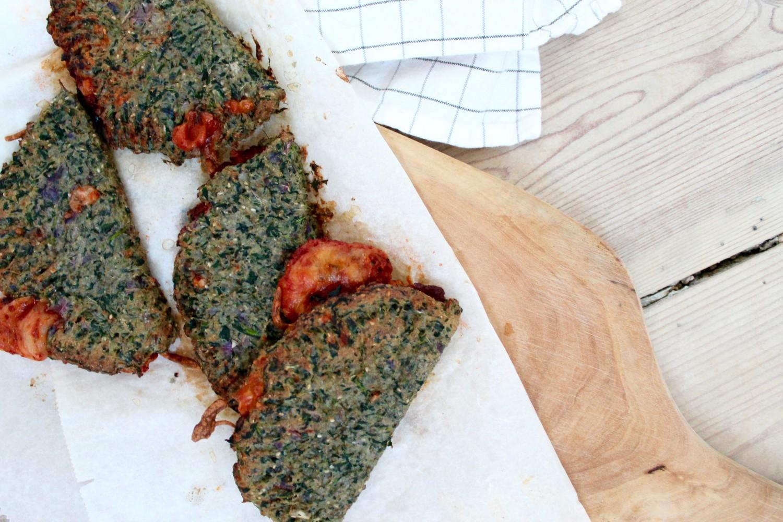 Sunde grønne calzone med mozzarella