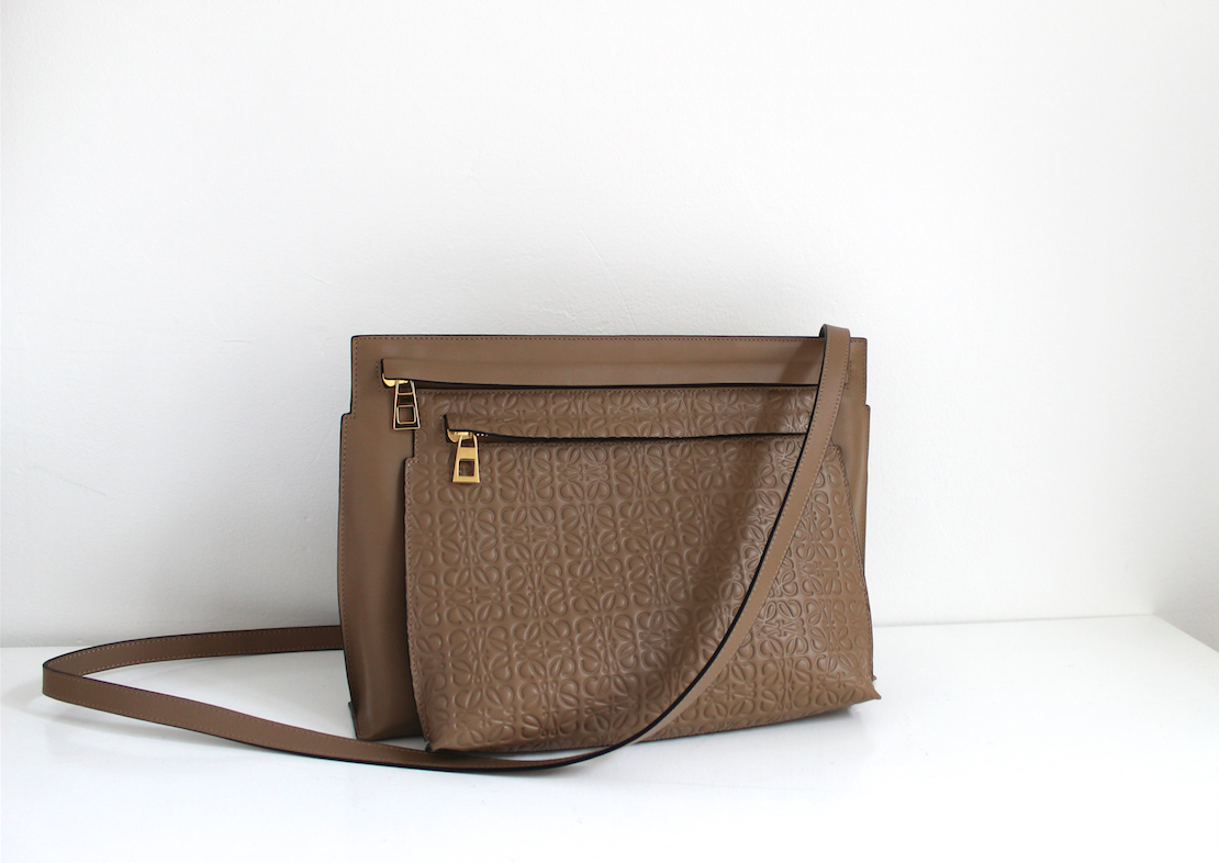 Loewe bag double pouch embossed tan.png
