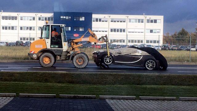 bugatti-chiron-crash