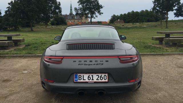 Porsche 911 Targa 4 GTS_10