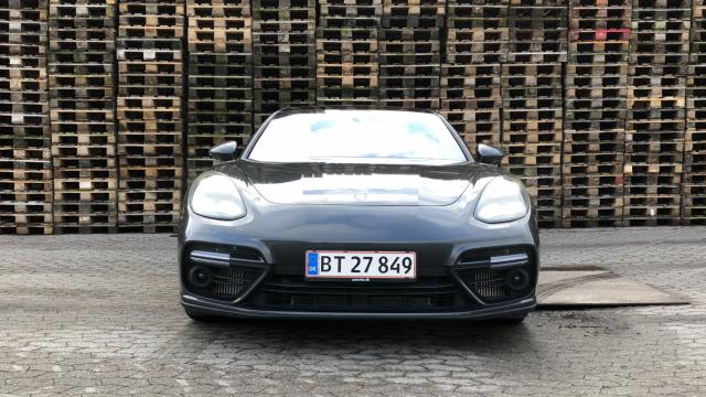 Porsche Panamera Turbo Sport Turismo_2