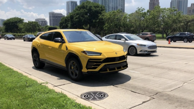 Dagens spot af en Lamborghini Urus