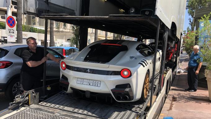 Sommerferie 2019_Cannes - Ferrari F12 tdf
