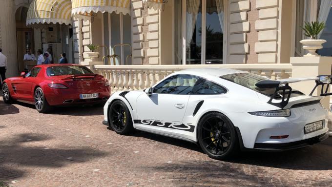 Sommerferie 2019_Cannes - Porsche 911 GT3RS vs Mercedes SLS AMG