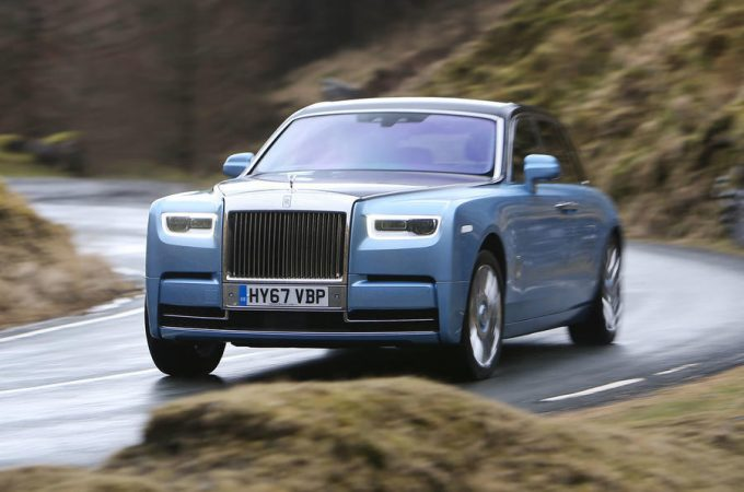 Top 10 - Lækreste Superluksus biler 2019
