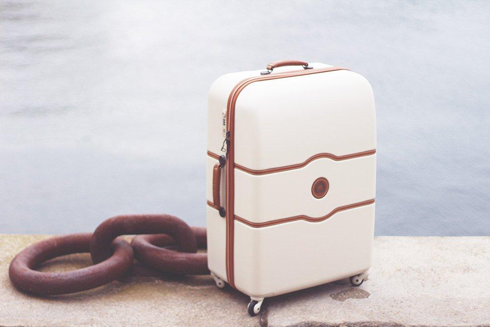 GIVE-AWAY <i>vind en kuffert fra Delsey</i>