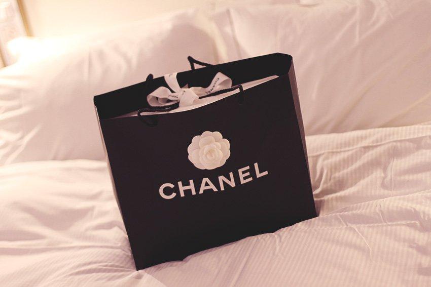 SHOPPING <i>- når oprør staves 'Chanel'...</i>