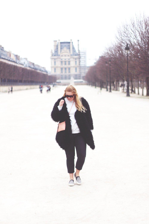 OUTFIT - grå søndag i Paris..