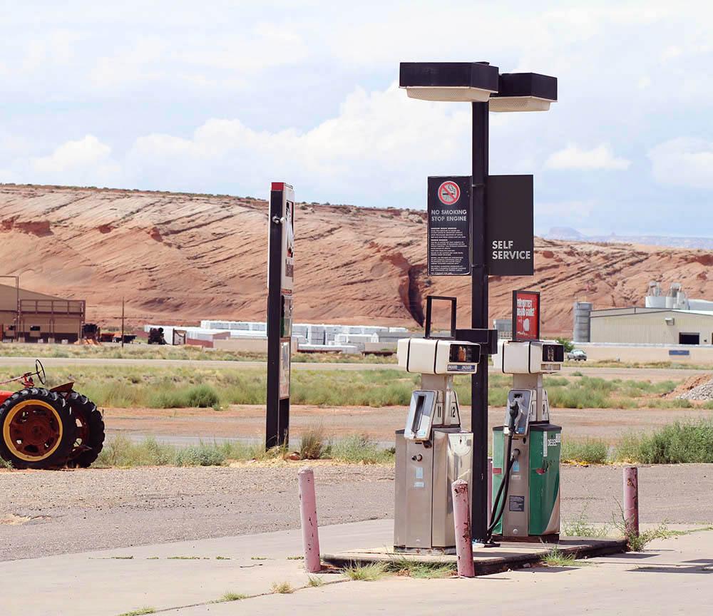 Roadtrip i californien benzintanke vandtårne ørken 3