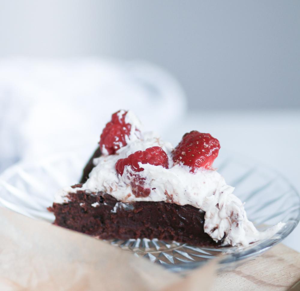 chokoladeballade-anneauchocolat-rabarberskum-opskrift-15-of-15