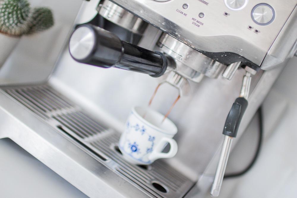 opskrift-nem-cremet-iskaffe-5-of-13