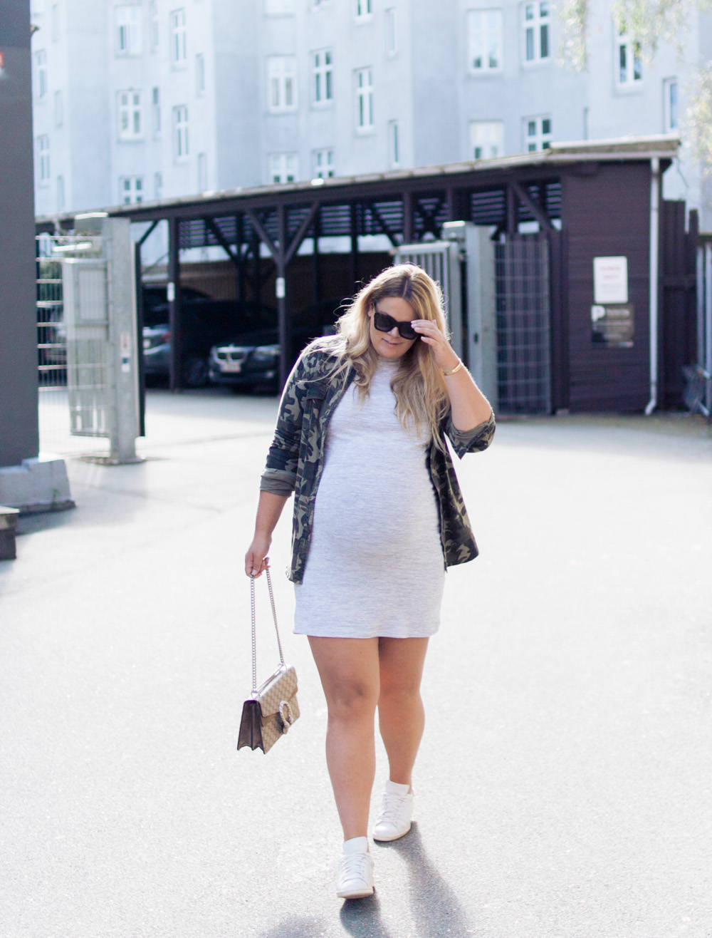 gravid-kjole-acie-uge-40-outfit-14-of-15
