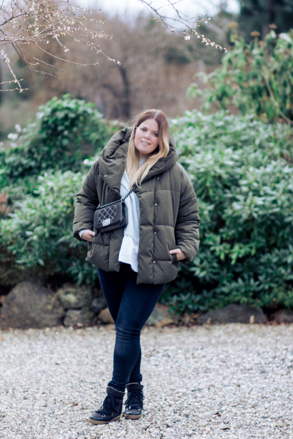 outfit-puf-jakke-army-2-of-4-2