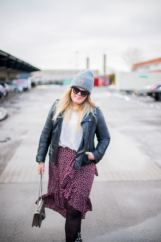 vila-wrap-skirt-bordeaux-2-of-9