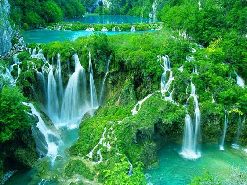 1_plitvice-waterfalls