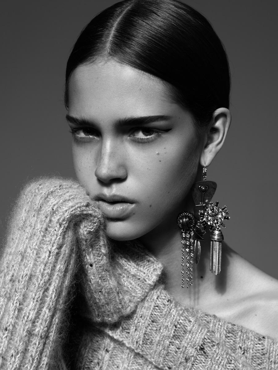 cr-fashion-book-celine-earring-photographed-by-alexandra-utzmann.jpg