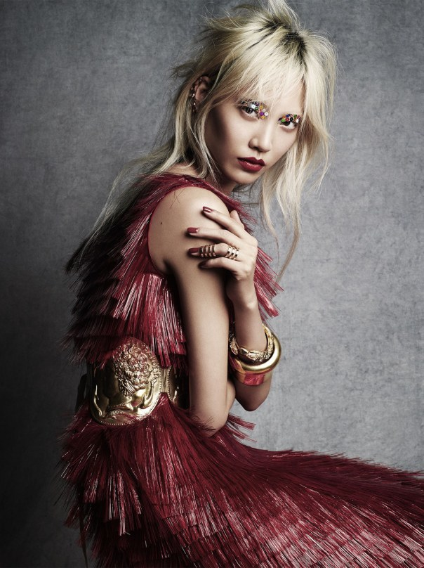 soo-joo-park-by-victor-demarchelier-for-vogue-japan-april-2014-5 kopi