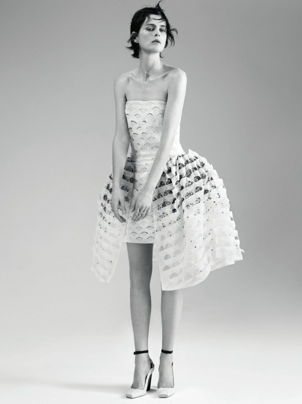 stella-tennant-by-willy-vanderperre-for-dior-magazine-6-5