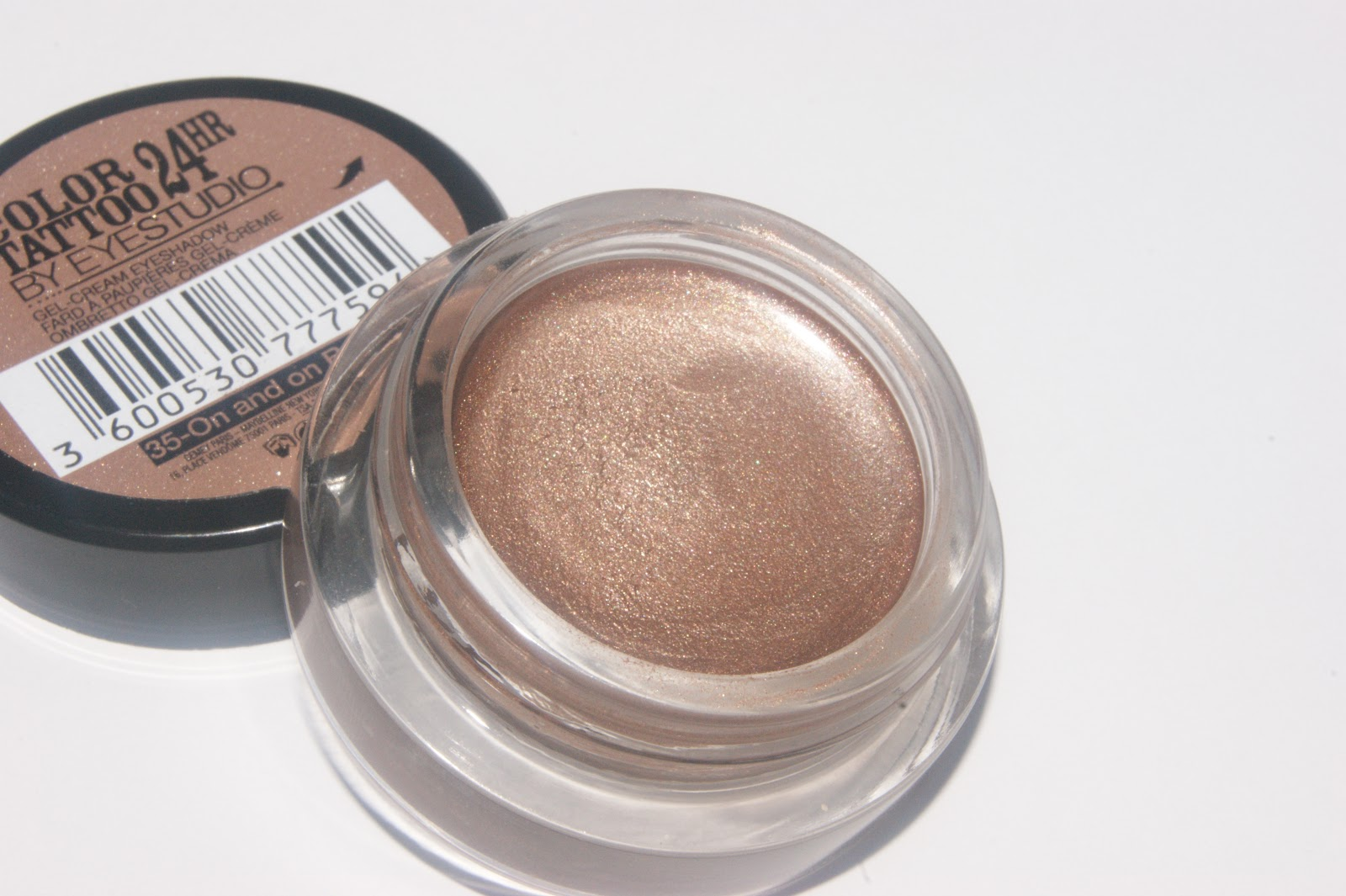 maybelline-color-tattoo-24hr-eyeshadow-on-and-on-bronze-review-006