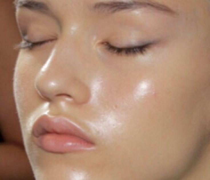 8cec2e18057a60df5a0bc5872a21c689-dewy-skin-beauty-marks