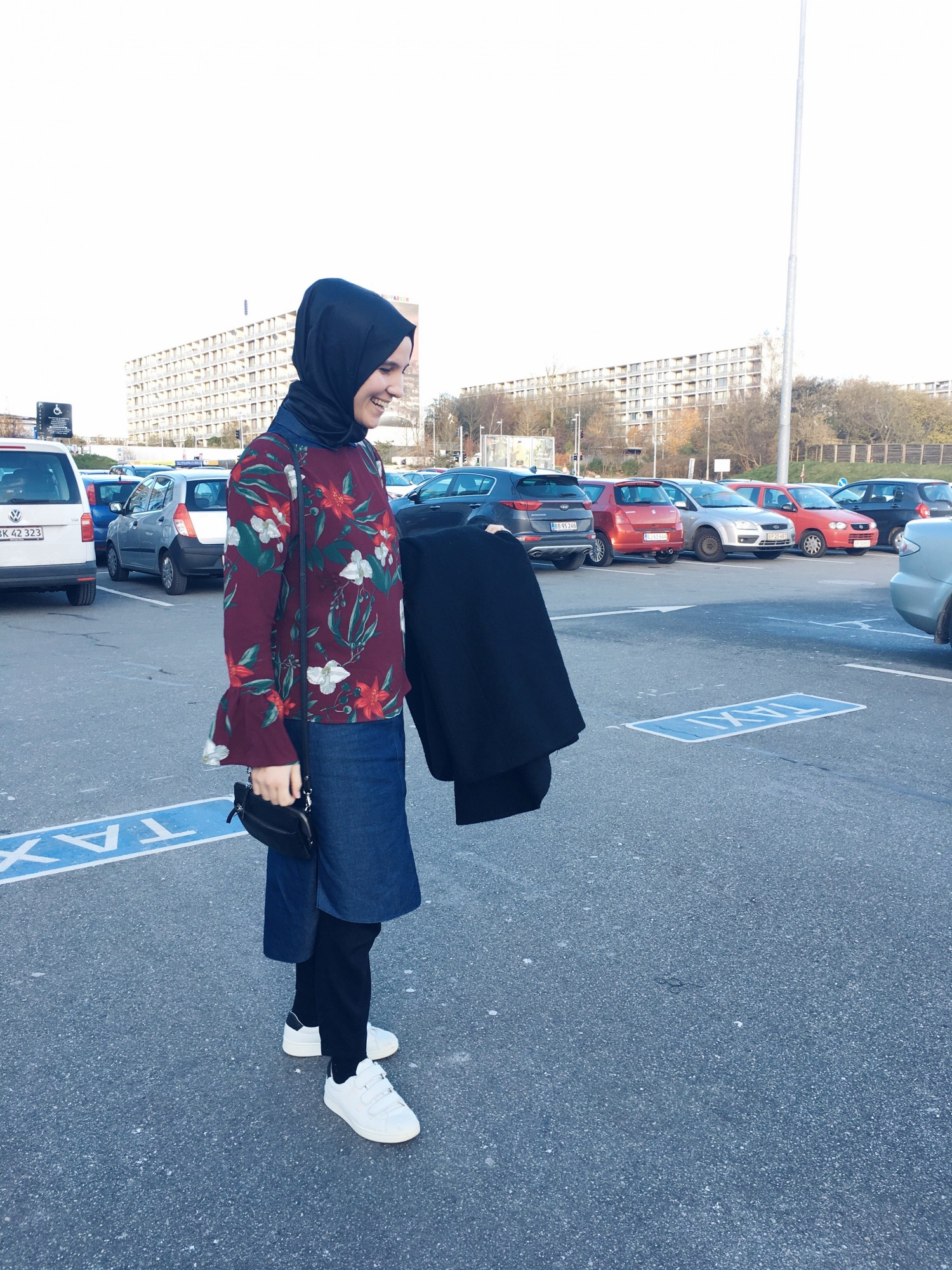 Esra outfit