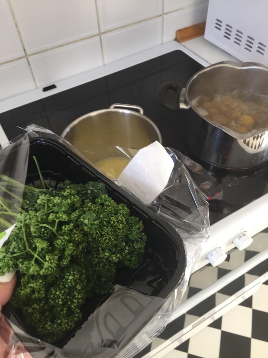 Flæsk, persille sauce & så det der med at vende vrangen ud på sig selv